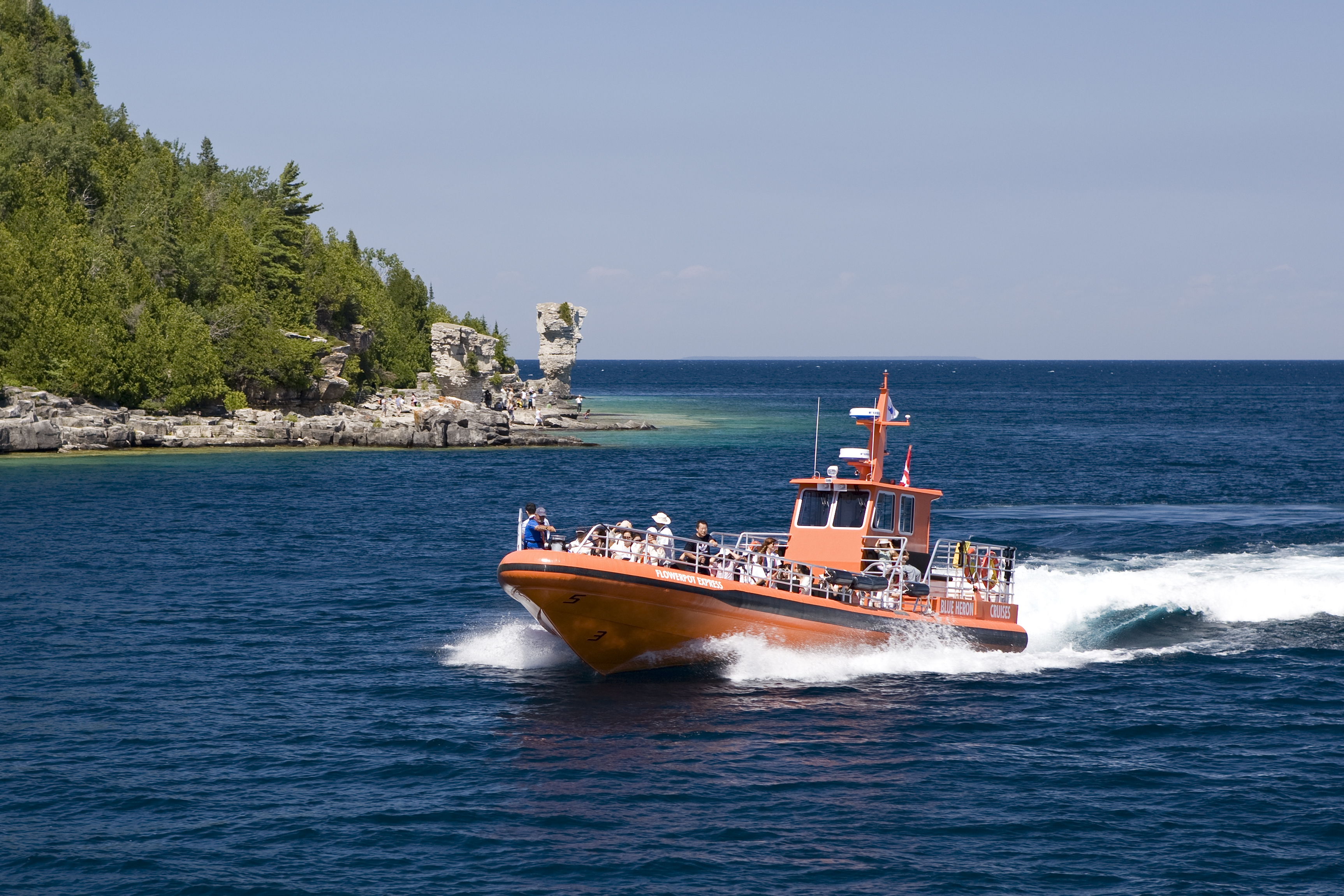 Drop Off Cruise To Flowerpot Island